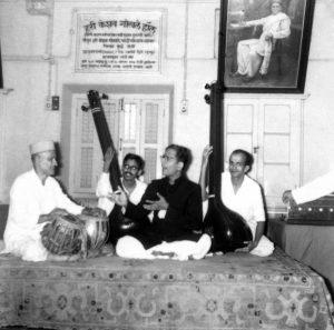 Dr Ashok Da Ranade Guru - Gajanan buwa - concert at Gokhale Hall